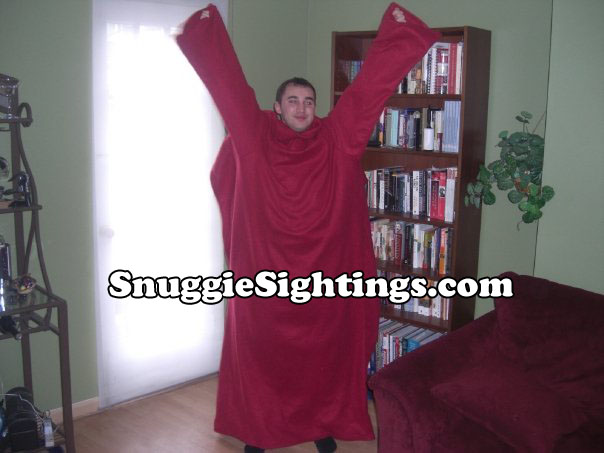 You would raise the roof in your Snuggie too if your books were that organized!