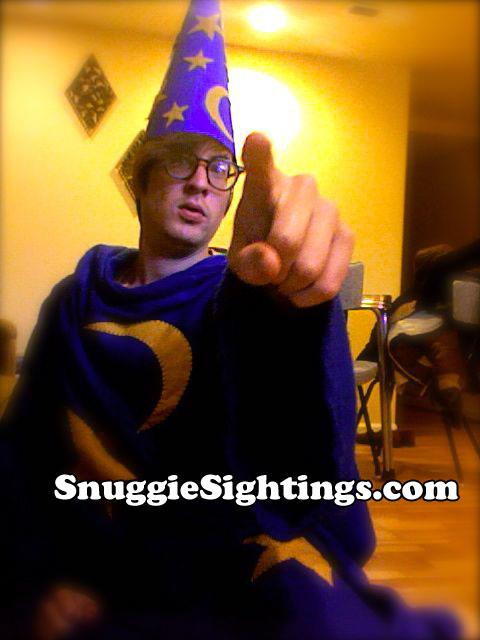 Snuggie Humor bf8295fe3